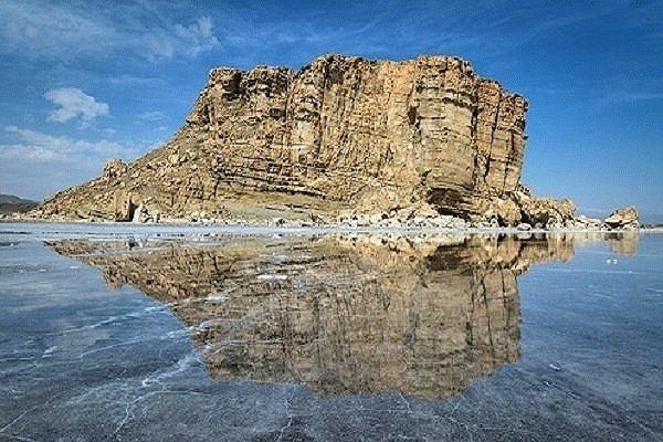حجم آب دریاچه ارومیه از مرز 4 میلیارد متر مکعب گذشت