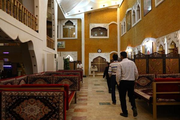طرح سامان دهی سفره خانه های سنتی بدون مجوز در اهواز شروع شد