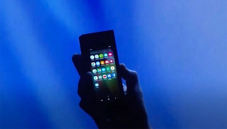 اسمارت فون تاشوی سامسونگ مارس 2019 با قیمت 1770 دلار عرضه می گردد