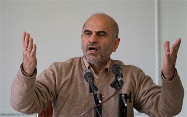 مومنی: ایران صحنه تاخت و تاز کالا های خارجی شده ، اشتغال غیررسمی در استان های مرزی بیش از 70 درصد! خبرنگاران